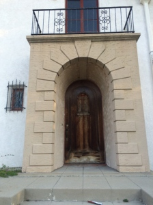 Los Feliz Murder Mansion Entrance